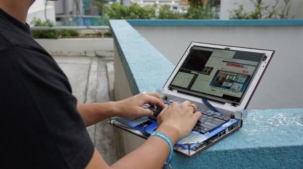 华人黑客设计出全球首款硬件开源笔记本