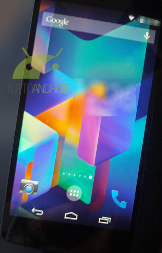 更多的Nexus 5 + Android 4.4 Kitkat 图片曝光