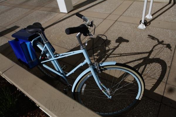 漂亮不?看看苹果自行车