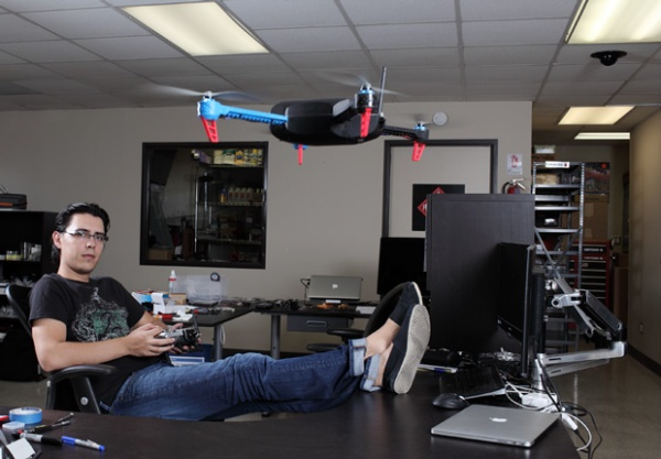 Chris Anderson 的开源无人机王国