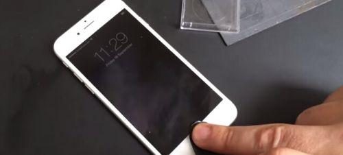 iPhone 6指纹识别仍存安全漏洞:指纹膜可解锁手机