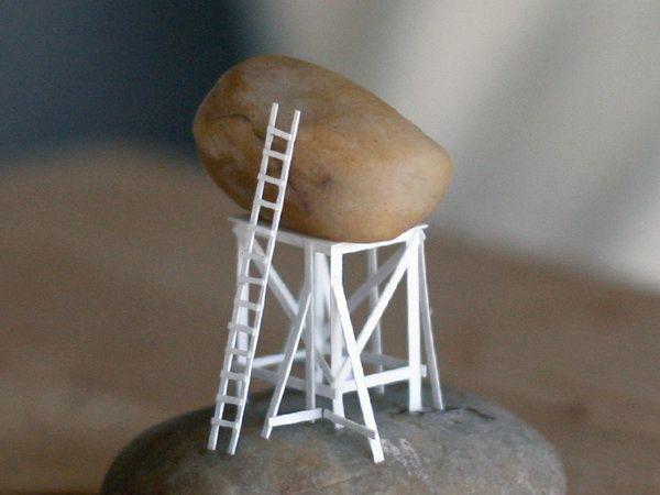 铁杵磨成针 艺术家用A4纸折出一座城市