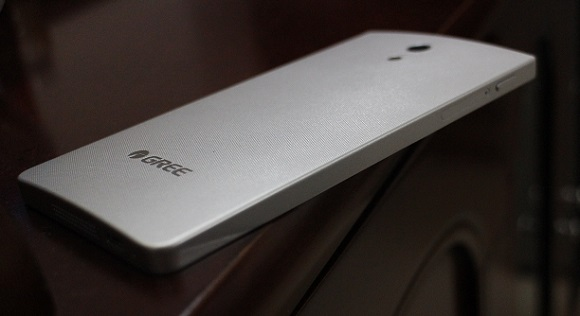 董明珠到处打广告的格力手机到底怎么样 快来看真机