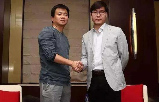 姚劲波(右)与杨浩涌(左)